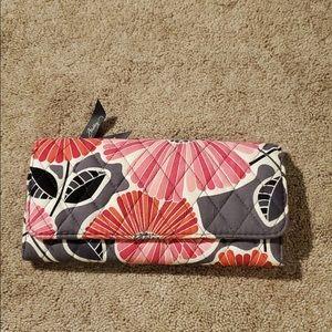 Vera Bradley wallet L 9 w 4